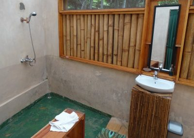 En Suite Shower Area Cliff Top Cottage
